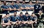 Confira 12 imagens de Copas em preto e branco colorizadas (Globoesporte.com)