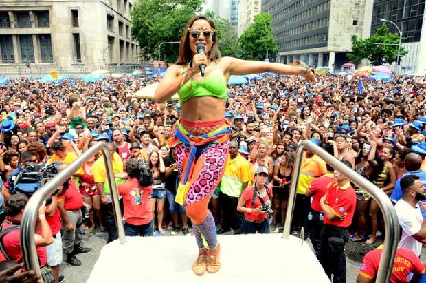 Anitta no Bloco das Poderosas, no Rio (Foto:  Webert Belicio / Ag News )