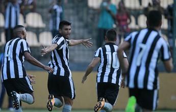 Yaca marca mais um, Botafogo vence Macaé e se mantém 100% no Carioca