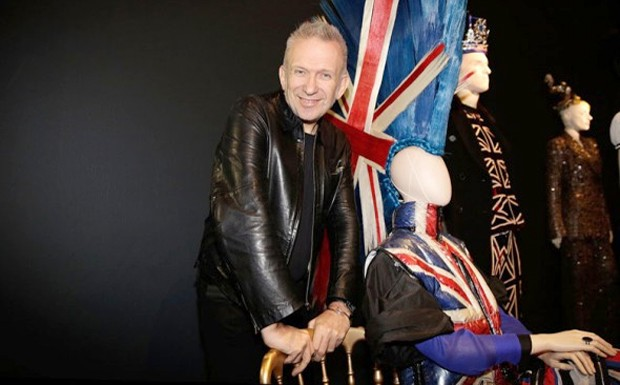 Jean Paul Gaultier em exposio no Barbican Center, em Londres. (Foto: Divulgao)