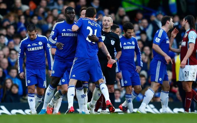 Chelsea x Burnley - Matic expulso (Foto: Getty)