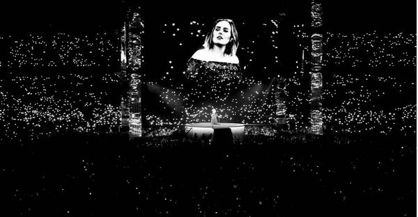 Um show da cantora Adele na Austrália (Foto: Instagram)