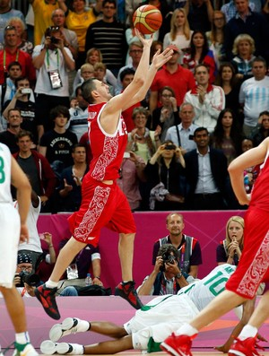 fridzon brasil x rússia basquete londres 2012 olimpiadas 2 (Foto: Reuters)
