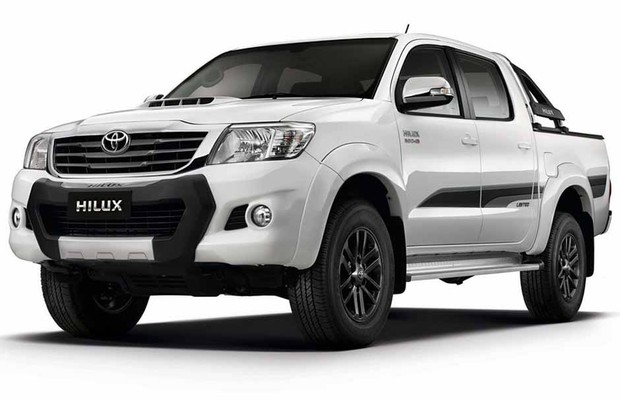 avalia o toyota hilux 3 0 4x4 cd limited edition auto esporte an lises. Black Bedroom Furniture Sets. Home Design Ideas