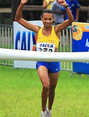 Cruz Nonata vence os 8 km feminino  (Foto: Wagner Carmo/CBAt)