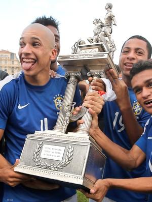 Doria e Erik Lima, Brasil Sub-21, Toulon (Foto: Agência AP)