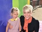 Pink leva a fofíssima Willow a première de filme nos Estados Unidos