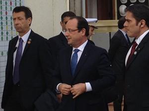 Ao centro, o presidente da França, François Hollande, em visita a Brasília. (Foto: Luciana Amaral / G1)