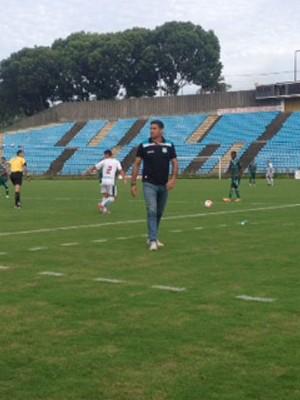 Uberlândia Esporte Ipatinga Módulo 2 2015 (Foto: Rogério Simões)