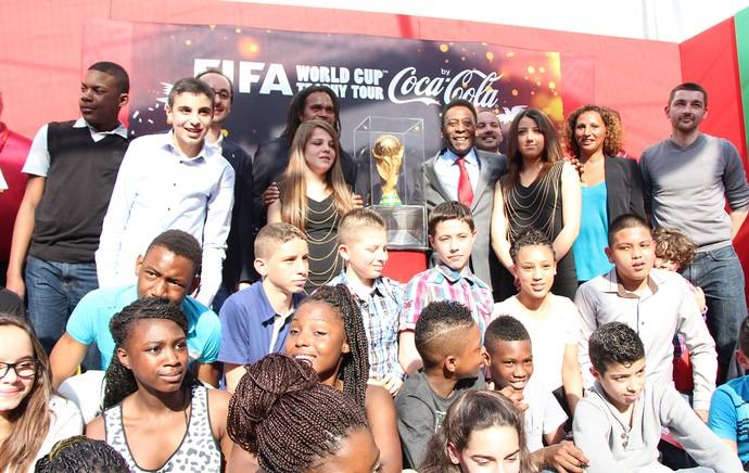 Pelé Tour da Taça em Paris (Foto: Felipe Schmidt)