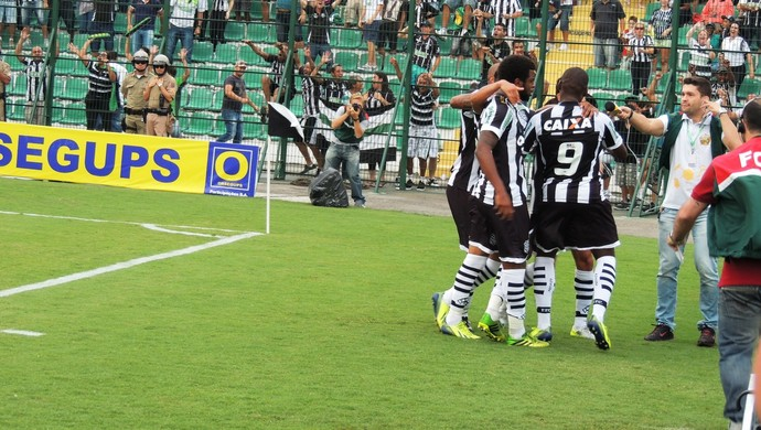 Figueirense x Joinville (Foto: Diego Madruga)