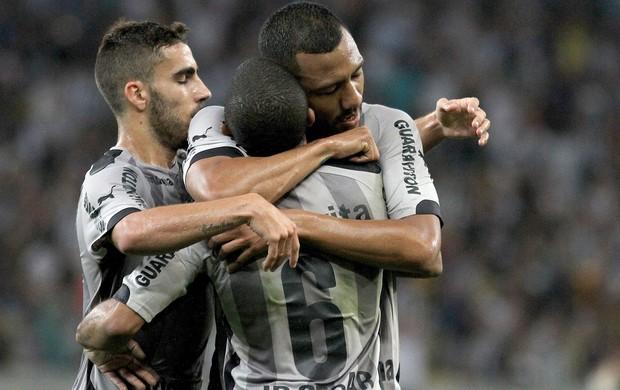 Ramirez comemora gol do Botafogo contra a Chapecoense (Foto: Vitor Silva / SSpress)