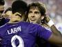 Kaká perde pênalti, Orlando City sai atrás, vira, mas cede empate em casa
