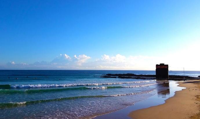 Manhã de segunda-feira em Gold Coast, Austrália, palco da primeira etapa do Mundial de Surfe (Foto: Divulgação)