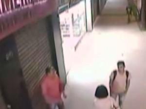 Vítimas saíam de clínica dentária quando foram baleados (Foto: Reprodução/TV Tribuna)