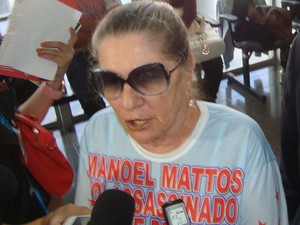 Mãe de Manoel Mattos, Nair Ávila  (Foto: Jhonathan Oliveira/G1)