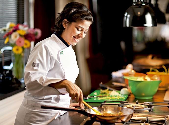 A chef Ana Trajano no Brasil a Gosto, em São Paulo (Foto: Fernando Angeoletto)
