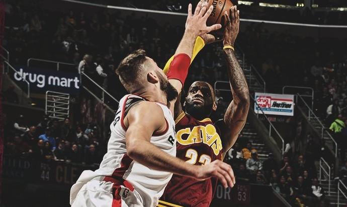 Cleveland Cavaliers x Toronto Raptors (Foto: Reprodução/Twitter)