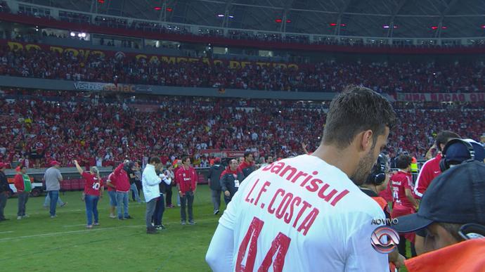 Luiz Fernando Costa homenagem Inter Grêmio Gre-Nal 406 Internacional final do Gauchão Beira-Rio (Foto: Reprodução/RBS TV)