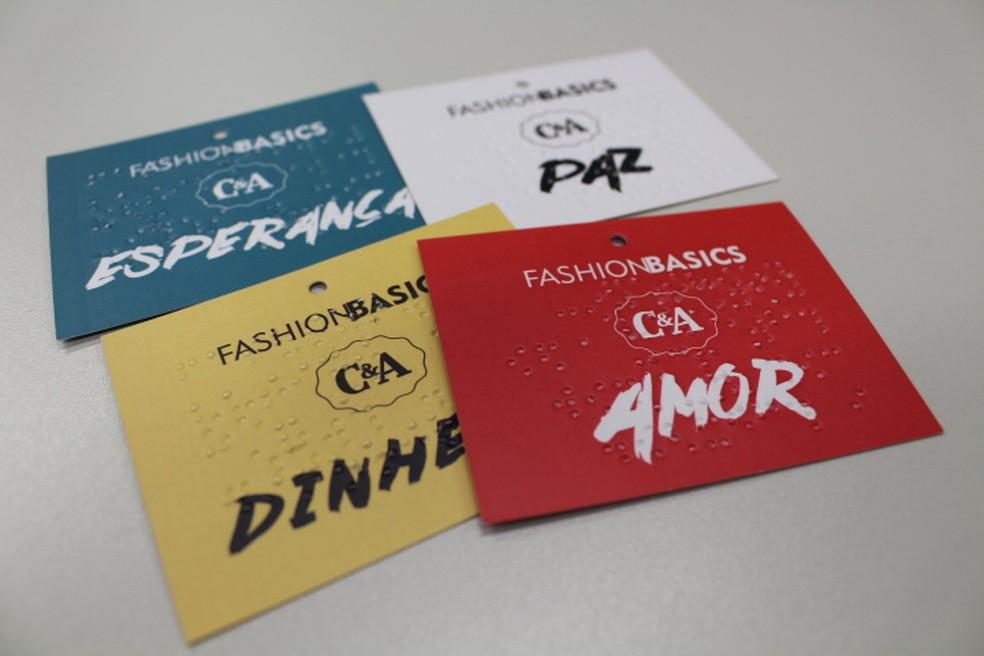 C&A divulga linha de fim de ano com etiquetas acessíveis para portadores de deficiência visual (Foto: Divulgação/G1)