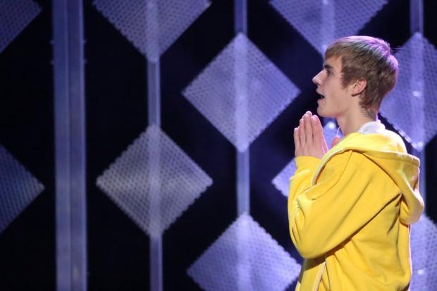 Justin Bieber em show em Nova York, nos Estados Unidos (Foto: Andrew Kelly/ Reuters)