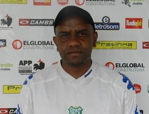 Marcelo Prates, técnico do juniors do Uberlândia Esporte (Foto: Hismênia Keller/GLOBOESPORTE.COM)