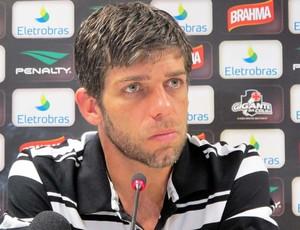 Juninho coletiva Vasco (Foto: Gustavo Rotstein / globoesporte.com)