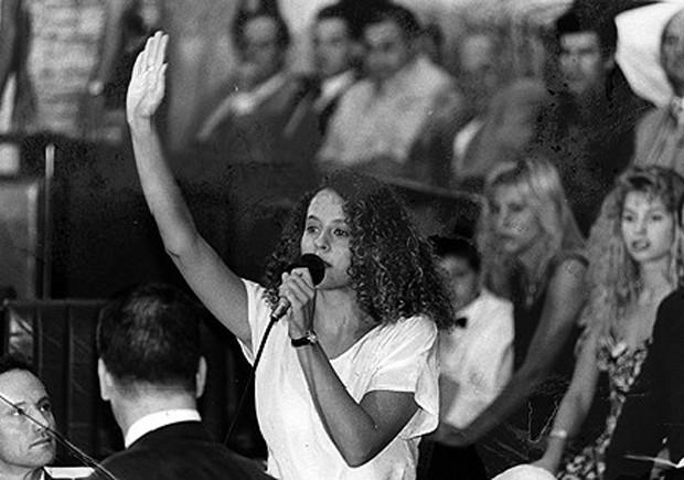 Luciana Genro, em 1995, no primeiro mandato como deputada estadual do Rio Grande do Sul (Foto: Divulgação)