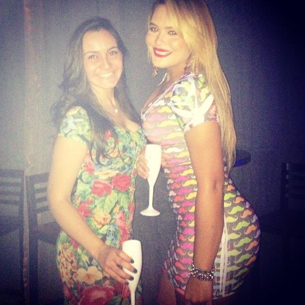 Geisy e amiga (Foto: reprodução/Instagram)