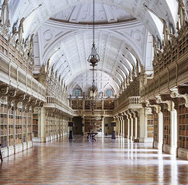 Palácio Nacional de Mafra I, em Portugal  (Foto: Reinhard Görner)
