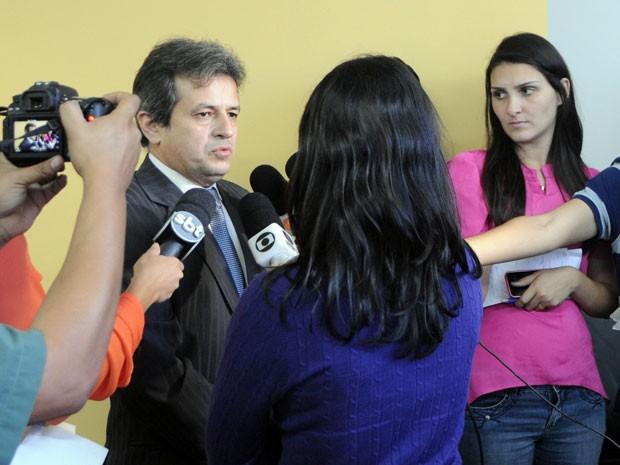 Procurador Rinaldo Reis detalhou operação no RN (Foto: Ítalo Souza/MPRN)