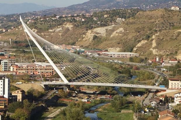 Ponte estaiada mais alta da Europa e museu de arte contemporânea são inaugurados na Calábria (Foto: Silvana maria Rosso)