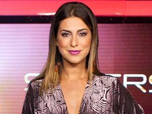 Fê Paes Leme com cabelo liso (Foto: SuperStar/TV Globo)