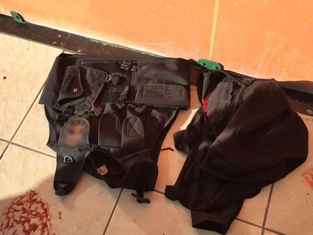 Vigilante foi baleado e assaltante roubou arma em João Pessoa (Foto: Walter Paparazzo/G1)