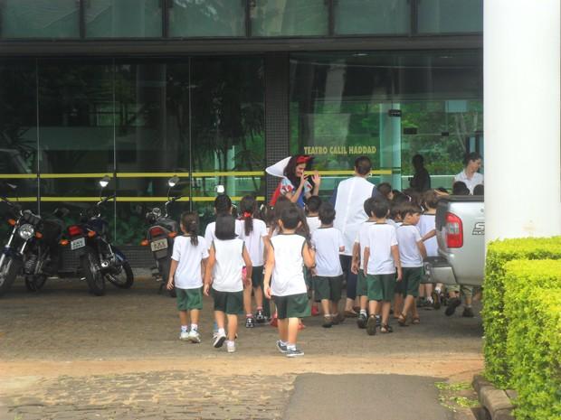 Teatro Maringá (Foto: Divulgação/RPC TV)