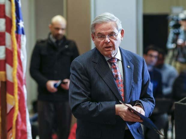 O senador americano de origem cubana Bob Menéndez em foto de 6 de março (Foto: REUTERS/Eduardo Munoz)