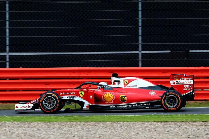 Sebastian Vettel testa versão atualizada do Halo (Foto: Getty Images)