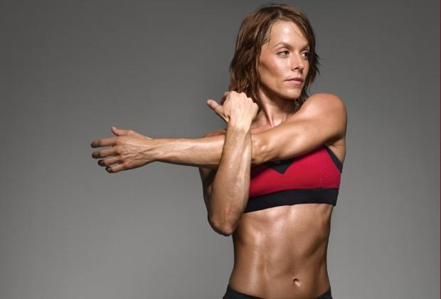 Com a maior intensidade do treino, você tende a aumentar a massa muscular, aumentando também o peso total  (Foto: Think Stock)