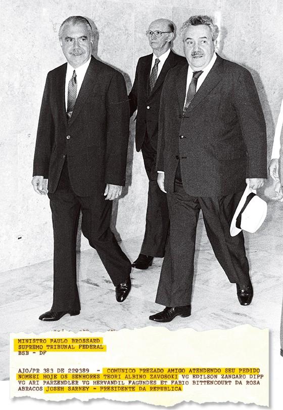 PADRINHOS O então presidente José Sarney e o ex-ministro do STF Paulo Brossard, em 1989. Eles foram responsáveis pela indicação (abaixo) de Teori ao TRF com sede em Porto Alegre (Foto: Júlio Fernandes/CB/D.A Press)