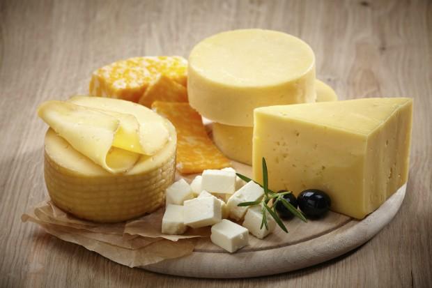 Descubra quatro maneiras de controlar o desejo por alimentos calóricos