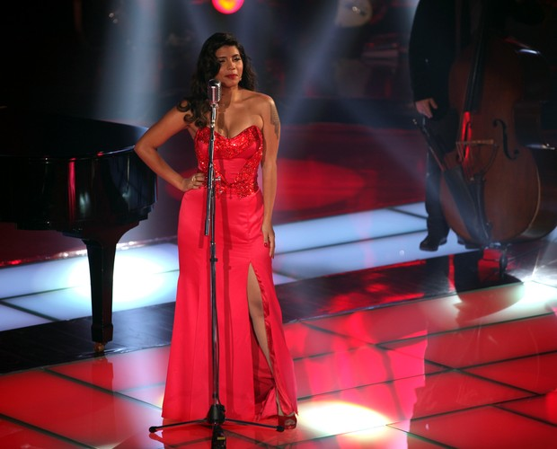 Naira (Foto: The Voice Brasil/TV Globo)