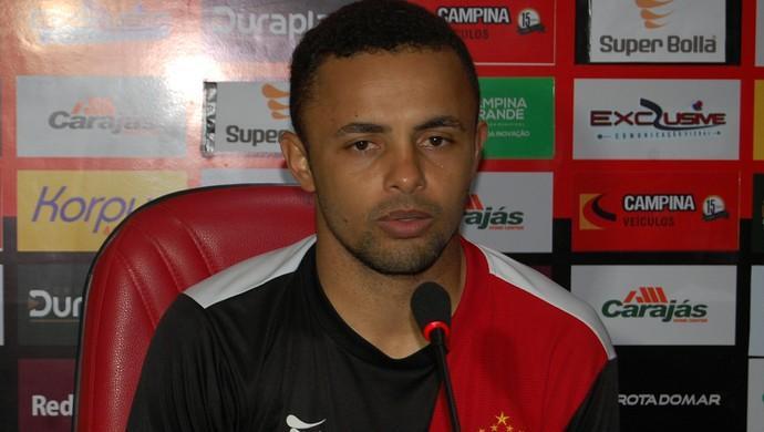 Leandro Santos, meia do Campinense (Foto: Silas Batista / GloboEsporte.com)