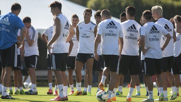 Real Madrid treini em Los Angeles (Foto: EFE)