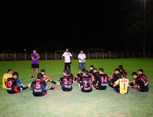 Jogadores do juniores do Pimentense sonham em voltar a primeira divisão do rondoniense (Foto: Rubens Gomes da Silva/Divulgação)