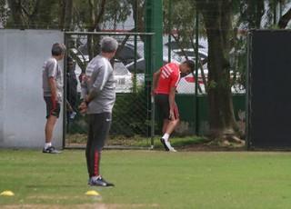 Alex treino do Inter (Foto: Tomás Hammes/GloboEsporte.com)