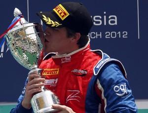 Luiz Razia vence na Malásia (Foto: Divulgação GP2)