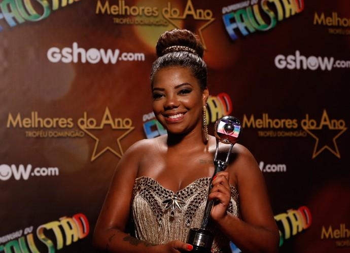 Ludmilla recebe prêmio por Hoje como Música do Ano (Foto: Ellen Soares/Gshow)