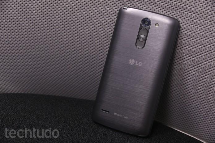 LG G3 Stylus em versão cinza (Foto: Lucas Mendes/TechTudo)