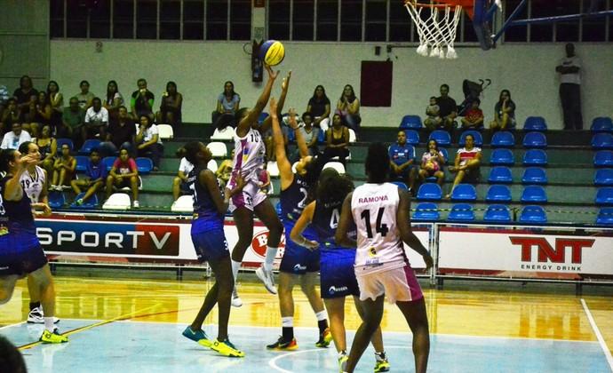 São José Basquete e Rio Claro - Liga de Basquete Feminino (Foto: Tião Martins / PMSJC)