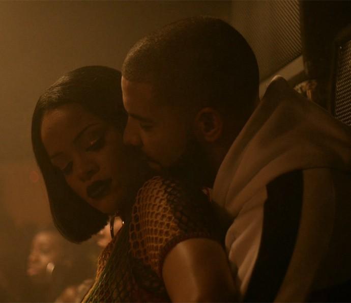 Rihanna e Drake sensualizam em clipe de Work (Foto: Reprodução)